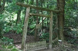 気多大社の「入らずの森」入り口