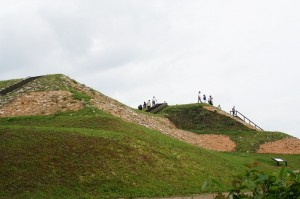 石川県鹿島郡中能登町(旧鹿西町)の雨の宮古墳群