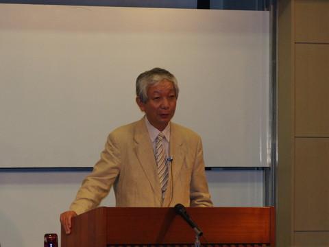 内田賢徳先生